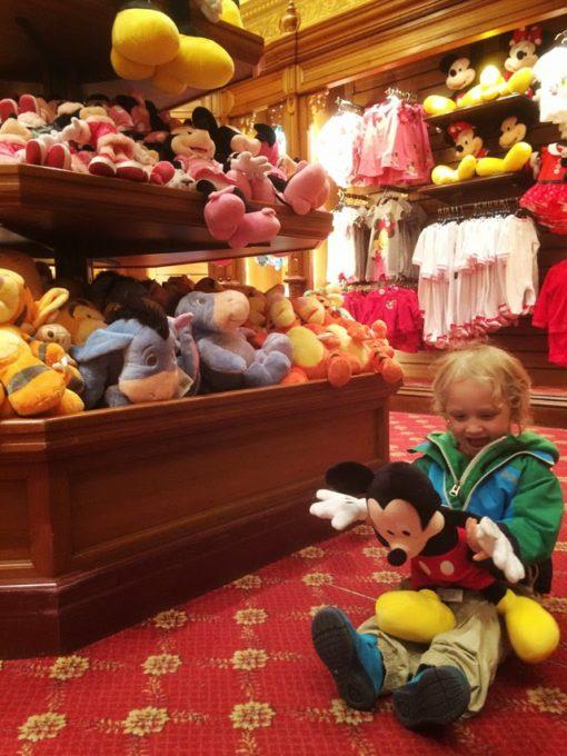 Pariisin Disneyland kokemuksia