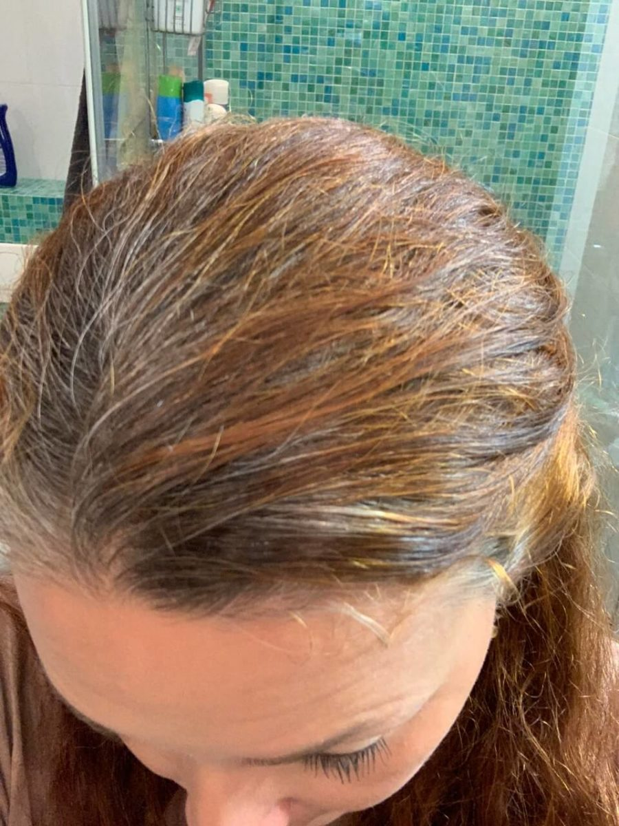 hiukset harmaantuu
