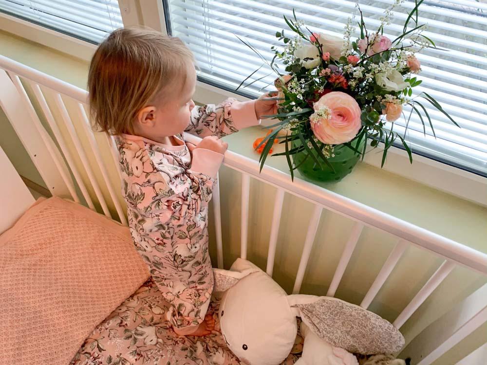 kukat sisustuksessa