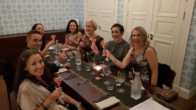 ladies in business pikkujoulut