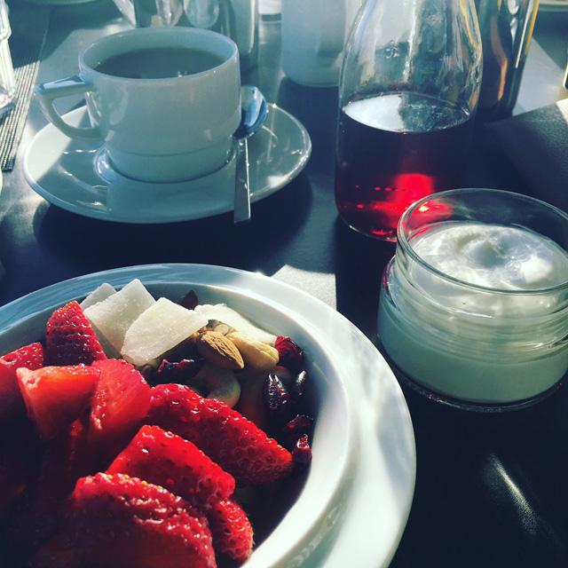 aamiainen kreetalla