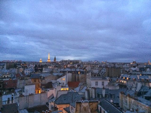 Pariisi illalla