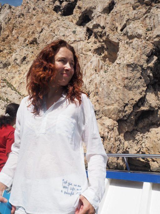 Aiti yrittaa Ibizalla